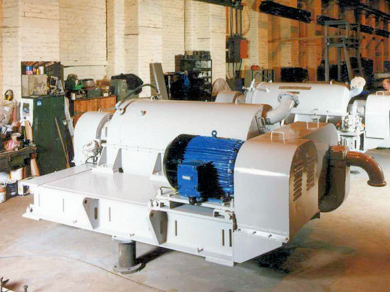 Solid bowl decanter centrifuge refurbishment